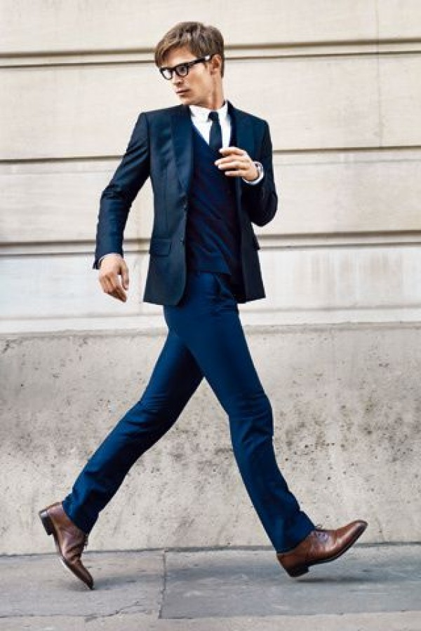 Grey suit brown shoes white shirt 2017