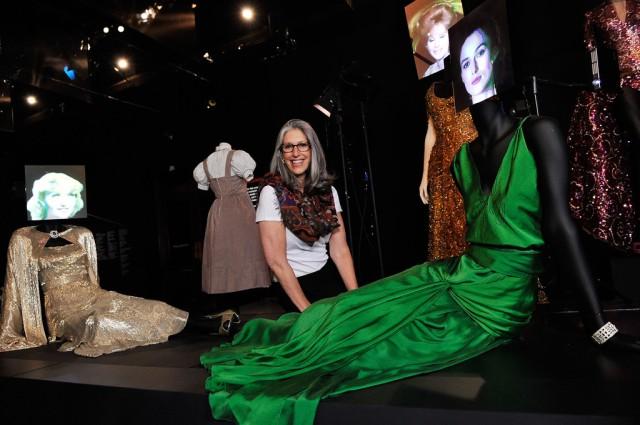 V+Hollywood+Costume+Exhibition+Installation+OADh7sbiMBDx