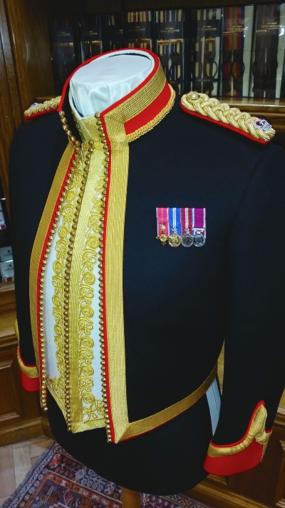 Royal Lancer uniform, Dege & Skinner 2015